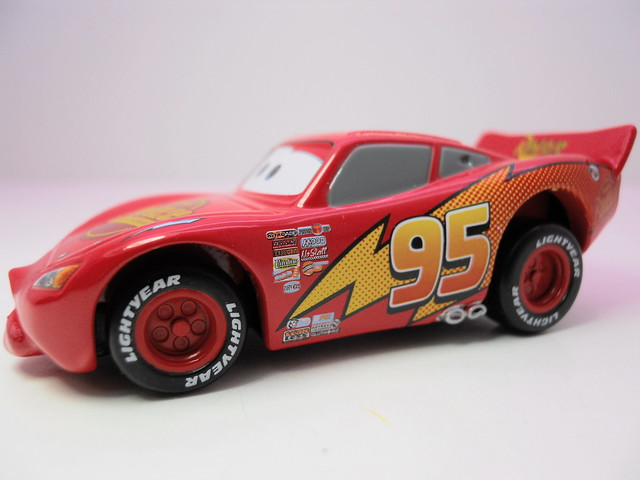 tomica disney cars mack,king,chick hicks,tongue mcqueen combo (13)