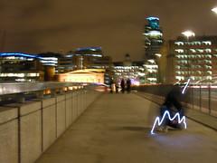 An alien starts to form on London Bridge