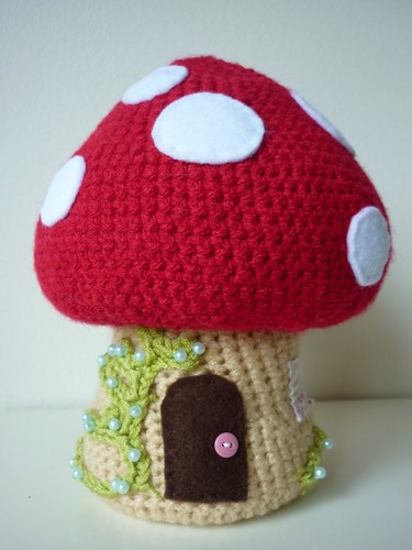 Crochet toadstool
