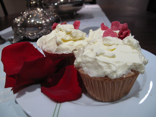 cardamom-rose cupcakes with saffron-rosewater whipped cream frosting