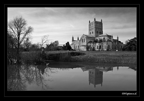 Tewkesbury Abbey (by dakapture on Flickr: Click image)