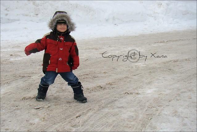 On joue dans la neige