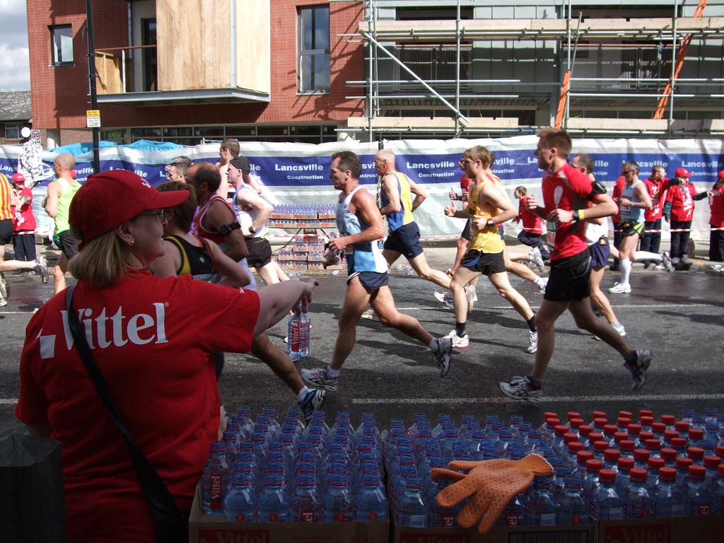 London Marathon 2009 water station