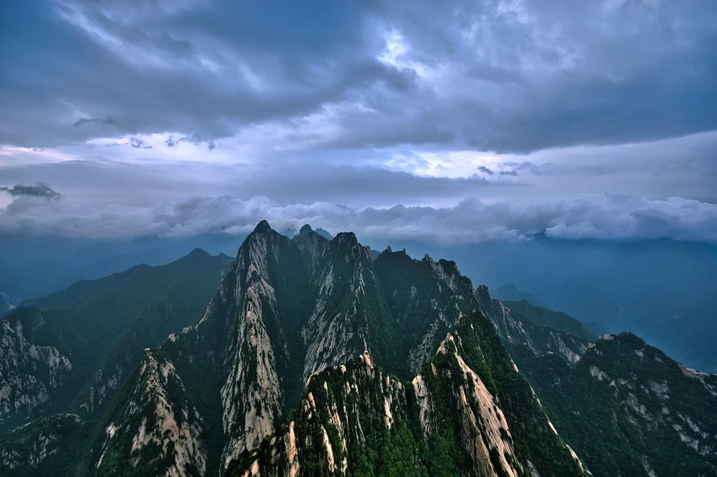 Mt. Huashan South Peak Sunrise