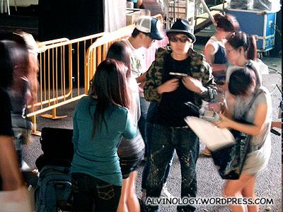 JJ Lin arriving