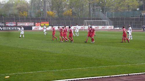 Jubel nach dem 1-0 von Daniel Maaßen