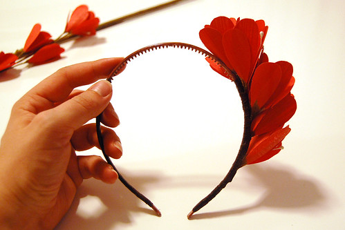 Making a flower headband, step 5.