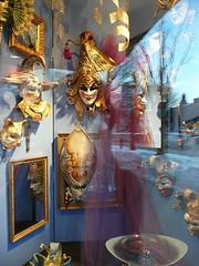 Mask & mirror
