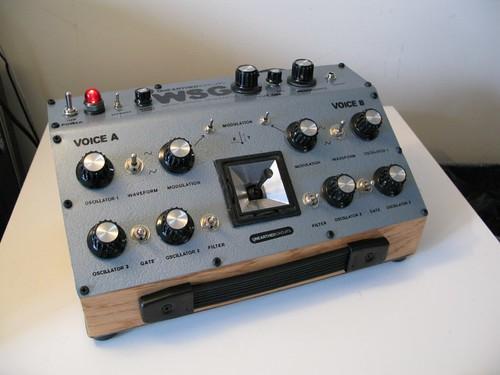 Awesome Weird Sound Generator – Synthtopia