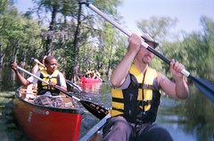 Canoeing Merchant's Millpond - Ryan and Jacal's Boat - Vicky, Tyrek, Ryan in Action