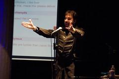 ROFLThing: Jason Scott sings the Sockington th...