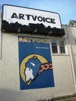 Buffalo Elmwood May10-02