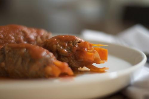 Rollitos de Ternera con Cebolla y Zanahoria