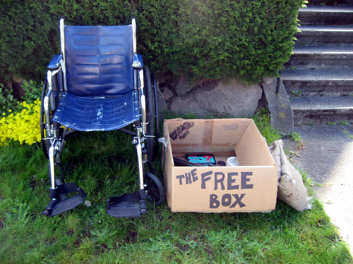 The Free Box
