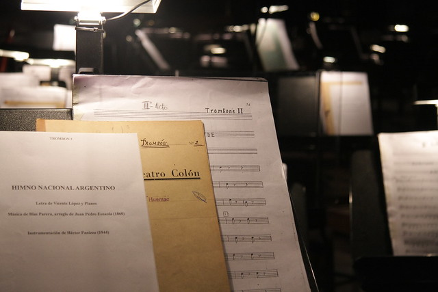10.05.24  Las partituras a la espera de ser ejecutadas en la reapertura del Teatro Colón