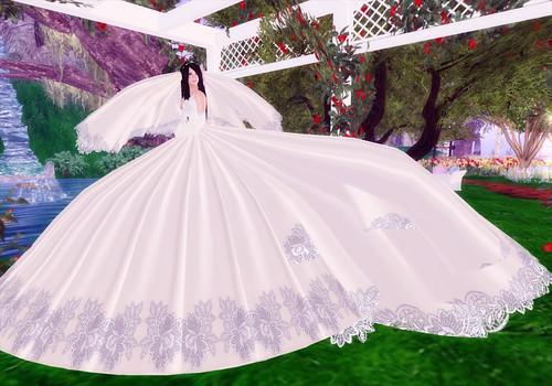 Skyonline International Pakistan: Big Wedding Dresses