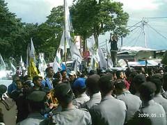 Mahasiswa dan Polisi Terlibat Aksi Saling Dorong