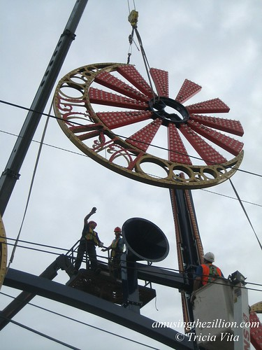 New Luna Park, Coney Island: Pinwheel # 4 being put into place on gate. May 22, 2010. Photo © Tricia Vita/me-myself-i