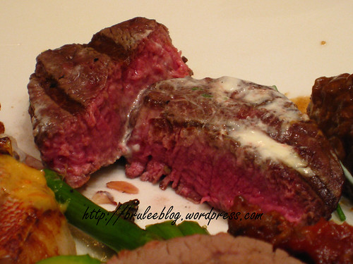 Wynn Buffet, grilled beef with yogurt and chives