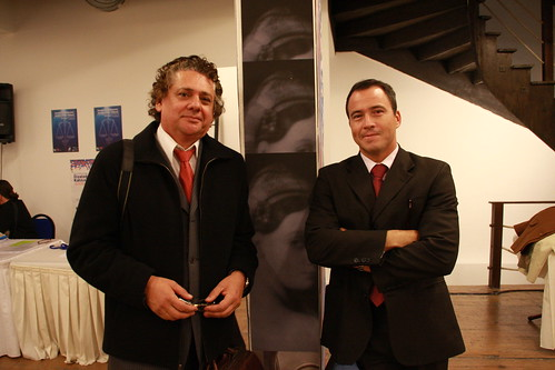 Javier Bogantes, director del Tribunal Latinoamericano del Agua (izq.) y Alexander Camanho, miembro del Jurado (dcha.)