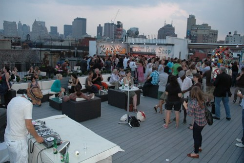 View of Gawker Mom & Popism Party