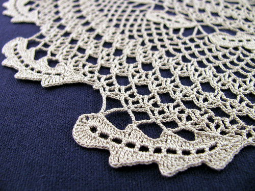 Green-Leaf-Doily-CloseUp