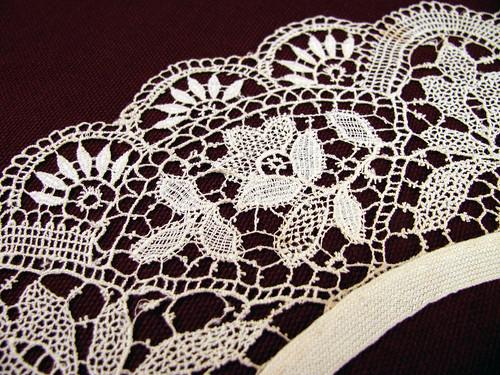 1870's-Lace-Collar-CloseUp
