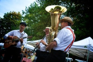Local Dixieland trio Razzmajazz will return to the Royal City Farmers Market Oct. 8. Photo: Graham Ballantyne.