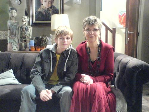 met Franky Bomans op de sofa