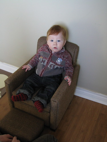 Man chair complete with sweater