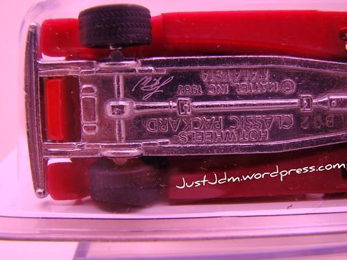 Larrys Garage Classic Packard (1)