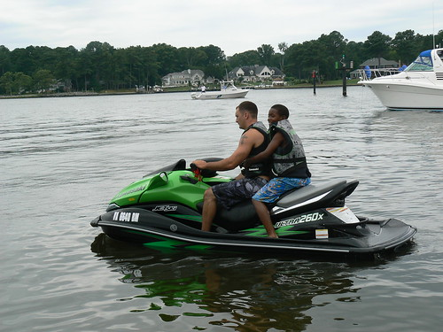 Jet Skiing - Ray and Jamonte Get Ready to Leave