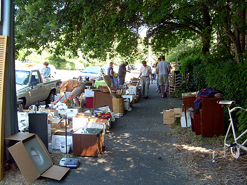 The feelgood yard sale of the year