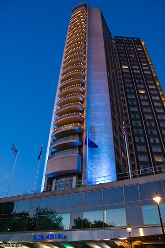 Hilton Hotel, Park Lane, London _G109514