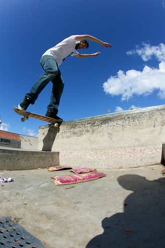 Frontside nose slide over the gap