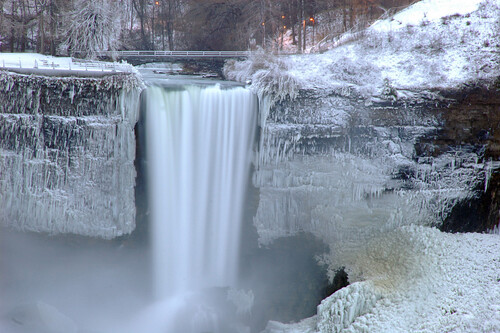 Bridal Veil Falls is the smallest of the three waterfalls that make up Niagara Falls in New York State.