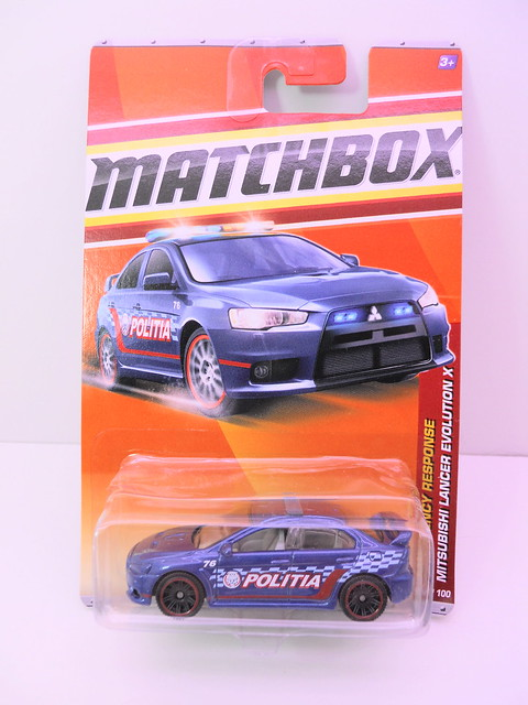matchbox mitsubishi lancer evolution x politia (1)