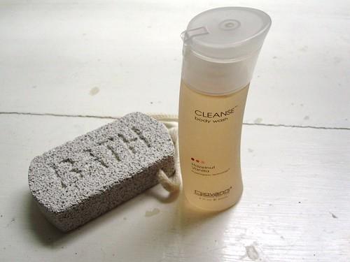 giovanni hazelnut vanilla body wash