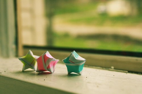 origami stars. by expressionnisme