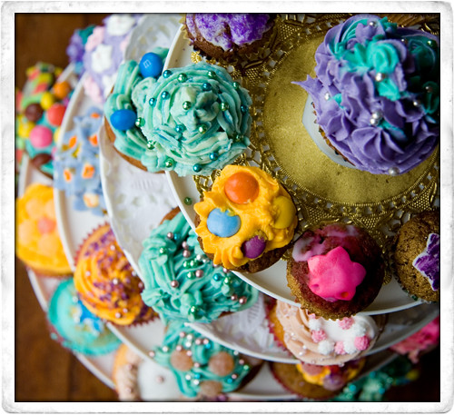 Basic cupcake recipe the good mood food blog i have never seen a better reaction from one item of food in all the time i have been cooking when a plate of cupcakes enter a room eyes light up forumfinder Gallery