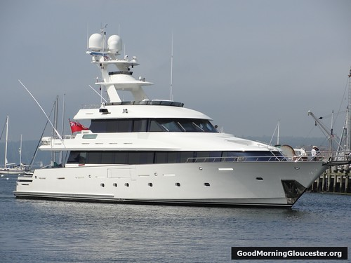 Mea Culpa Mega Yacht Pulls Up To State Fish Pier For Fuel