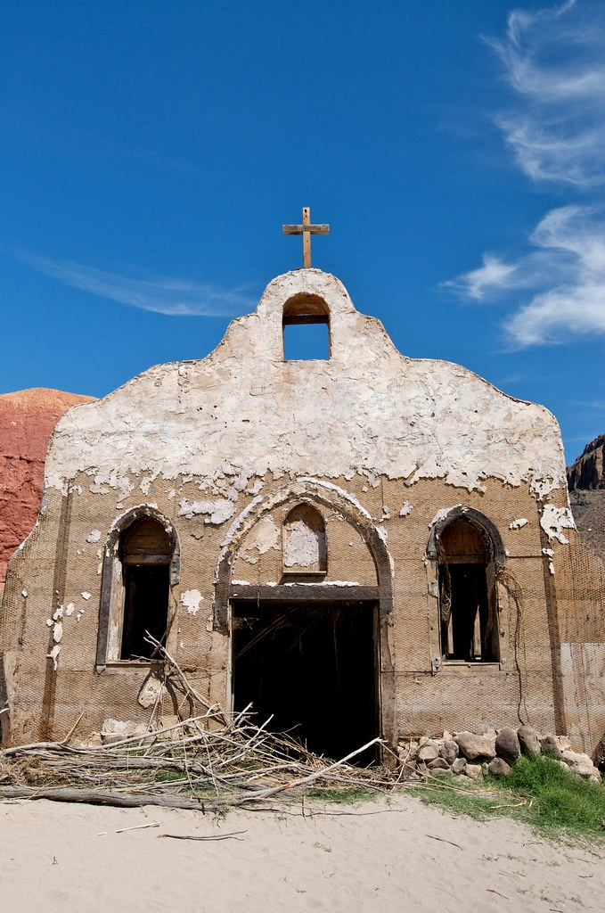 Contrabano church