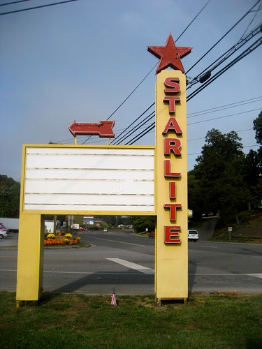 Starlite Drive In Sign