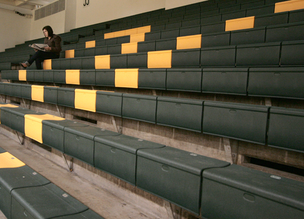 Students fill War Memorial Gym