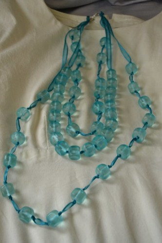 Big knotty necklace
