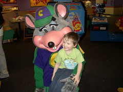 aiden & chuck e. cheese