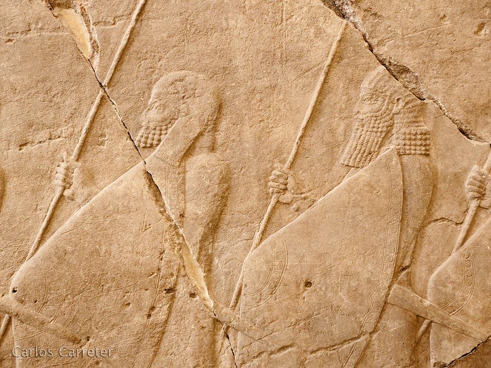 Bajos relieves asirios