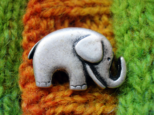 elephanchinebuttons