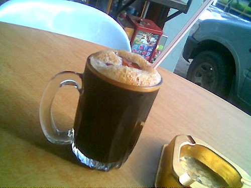 World Cafe's kopi-o-peng kau