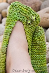 Grown Up Booties in Caya Colour Jayne w/ Buttons
